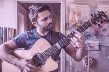 Toto – Hold The Line fingerstyle tabs (Luca Stricagnoli)